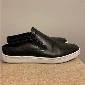 Vince Slip-On Leather Sneakers SIZE 8/38.5